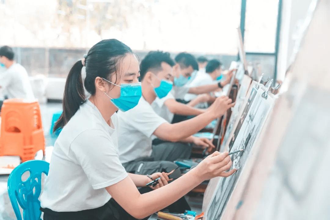 广州美术暑假培训班,美术集训,广州画室