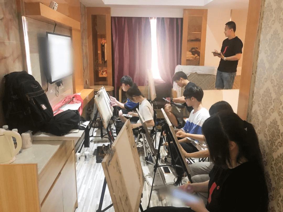 美术暑假培训班,广州美术暑假培训,广州美术暑假培训班哪里好?