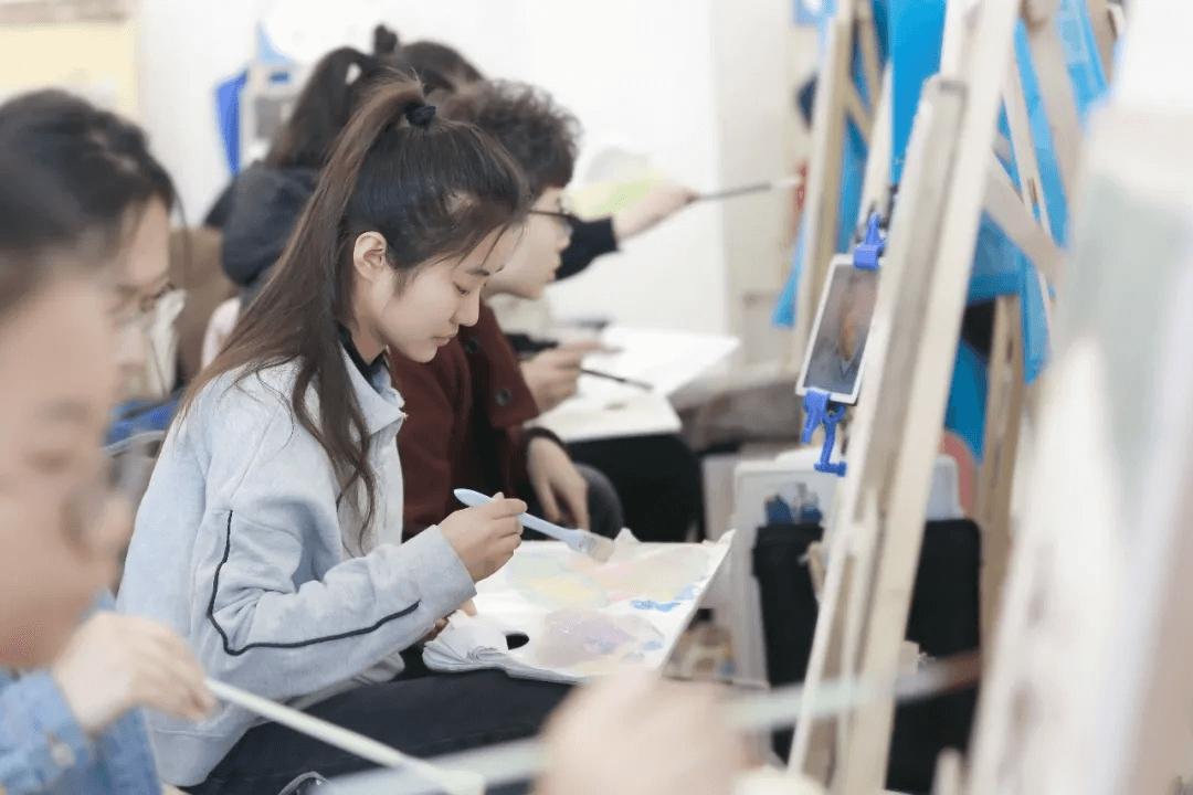 美术基础,美术集训,美术高考培训