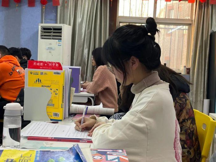 艺考文化课,济南画室,济南小泽画室