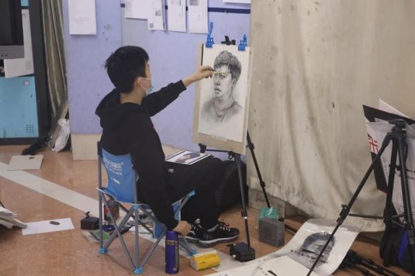 高考美术生,美术生高考,美术生高考培训