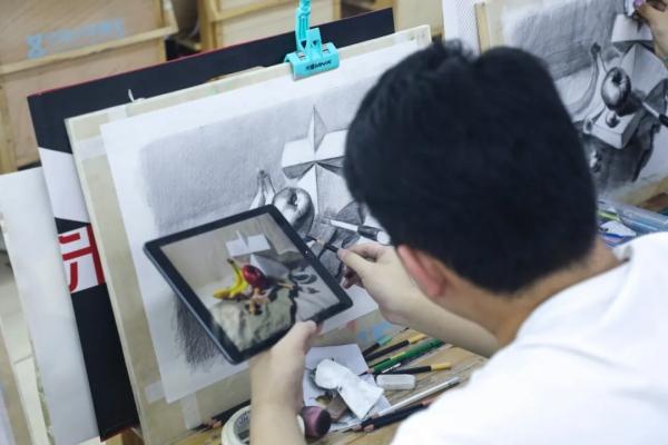 美术艺考生,济南十大画室,济南高考画室